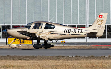 HB-KTL - Private Cirrus SR22-GTS G3 Turbo
