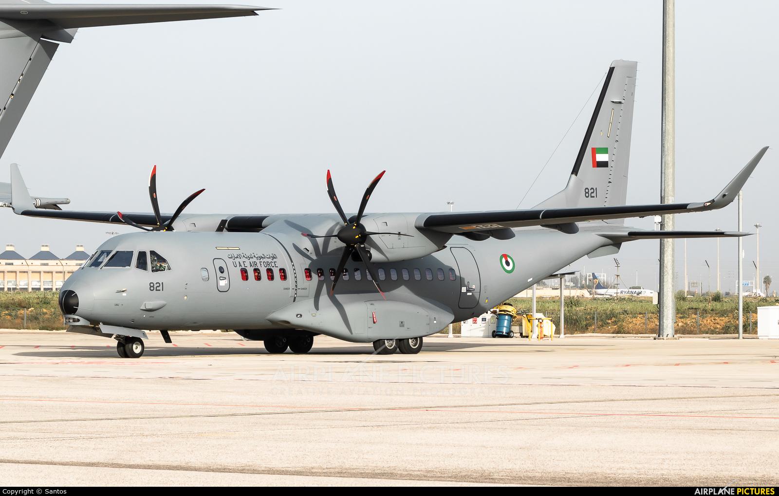 United Arab Emirates - Air Force 821 aircraft at Seville - San Pablo