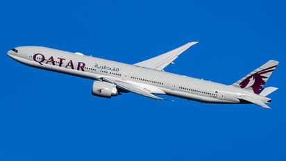 A7-BED - Qatar Airways Boeing 777-300ER