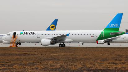 OE-LCF - LEVEL Airbus A321