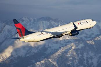 N878DN - Delta Air Lines Boeing 737-900ER