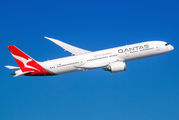 VH-ZNH - QANTAS Boeing 787-9 Dreamliner aircraft