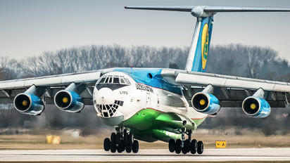 UK-76426 - Uzbekistan Airways Ilyushin Il-76 (all models)