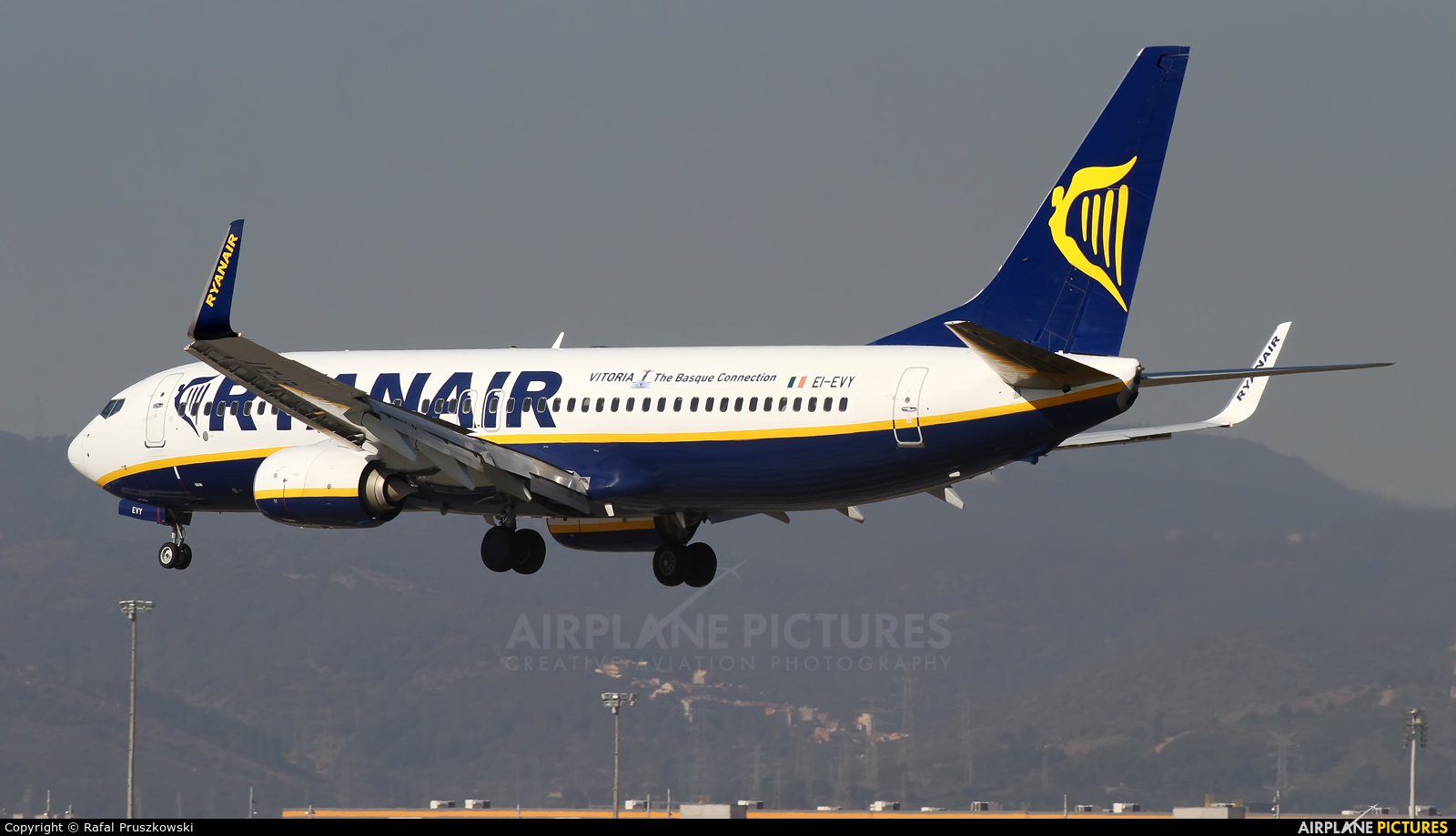 Ryanair EI-EVY aircraft at Barcelona - El Prat