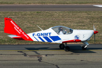 F-GNMT - Private Aero AT-3 R100