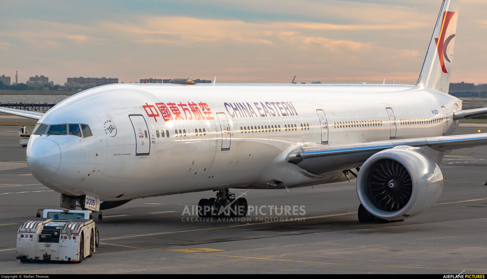 China Eastern Airlines B-2005 aircraft at New York - John F. Kennedy Intl