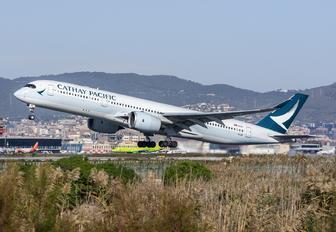 B-LRI - Cathay Pacific Airbus A350-900