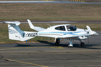 F-HIDY - Private Diamond DA 42 Twin Star