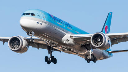 HL8085 - Korean Air Boeing 787-9 Dreamliner