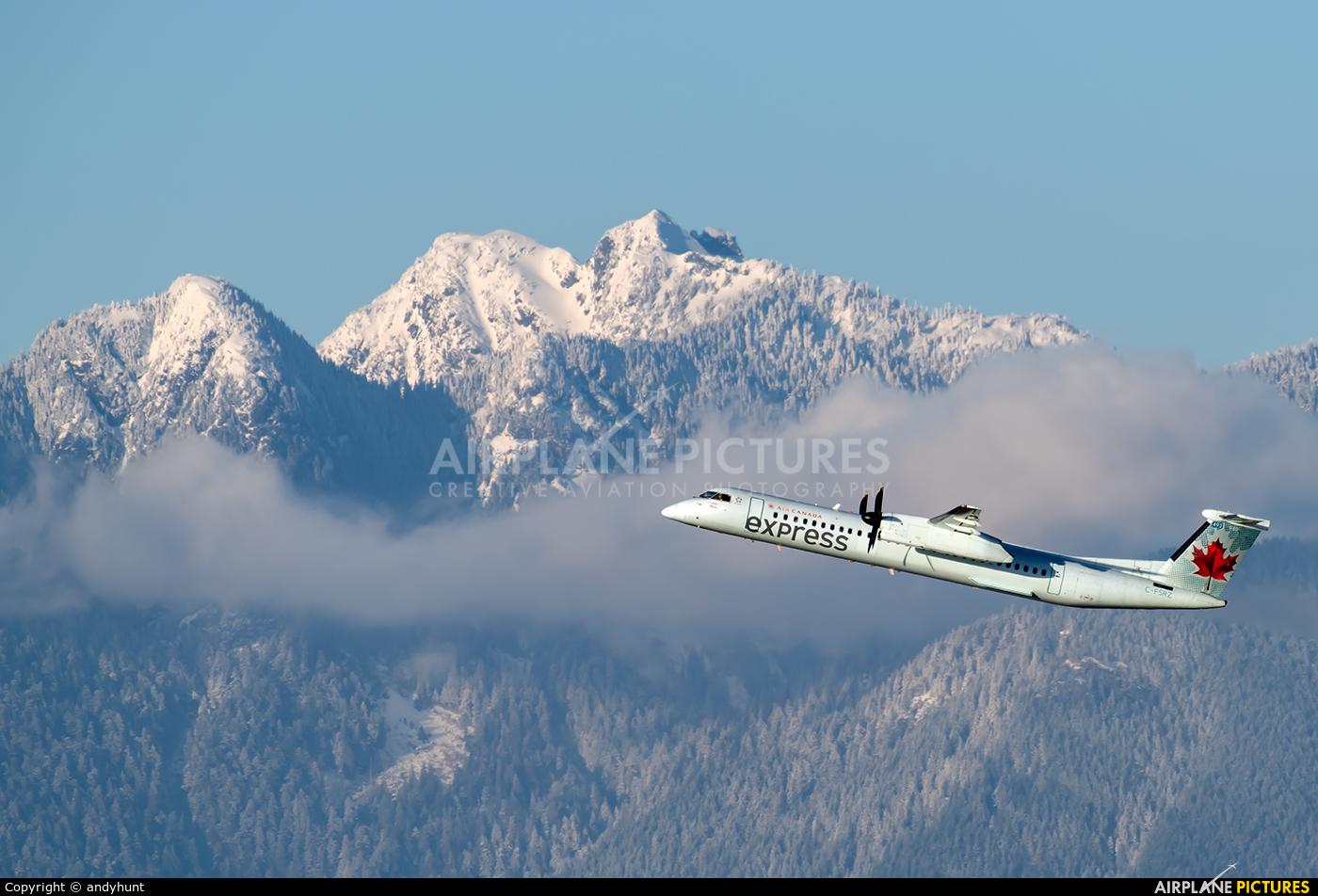 Air Canada Express C-FSRZ aircraft at Vancouver Intl, BC