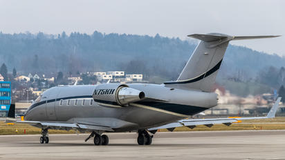 N75KH - Private Bombardier CL-600-2B16 Challenger 604