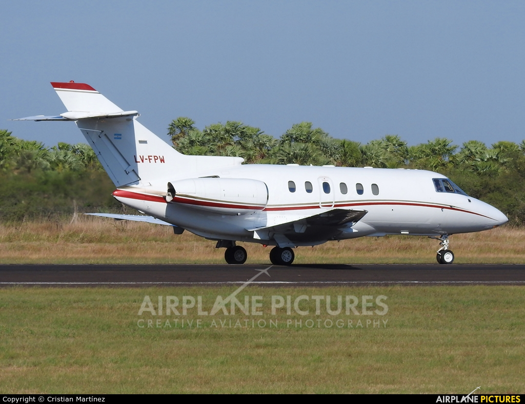 Private LV-FPW aircraft at Formosa Intl