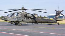 09-05595 - USA - Army Boeing AH-64D Apache aircraft