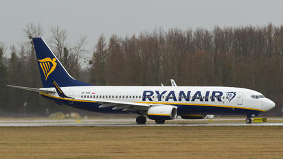 SP-RSN - Ryanair Sun Boeing 737-8AS