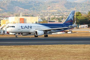 CC-BFJ - LAN Airlines Airbus A320