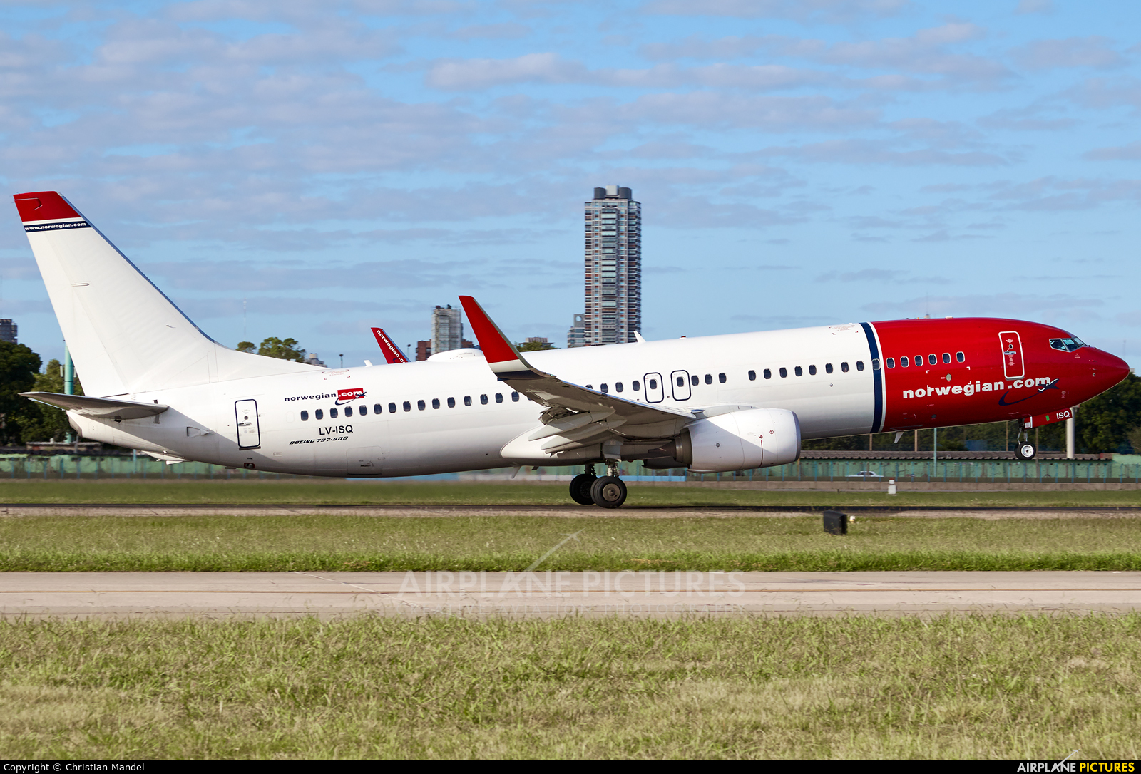 Norwegian Argentina LV-ISQ aircraft at Buenos Aires - Jorge Newbery