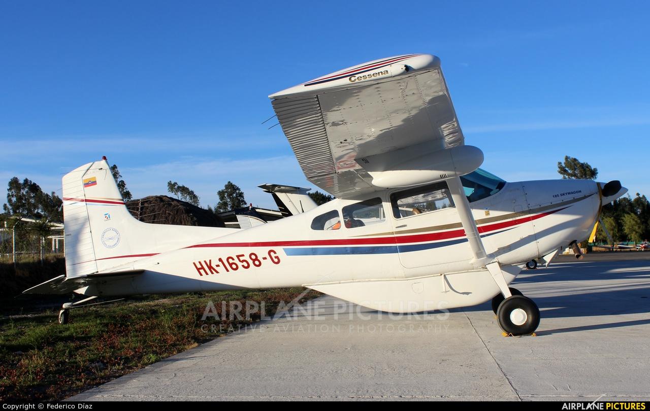 Private HK-1658-G aircraft at Chía