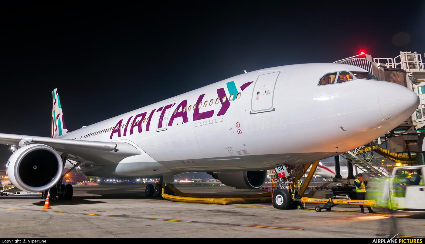 Air Italy EI-GGR aircraft at Mumbai - Chhatrapati Shivaji Intl