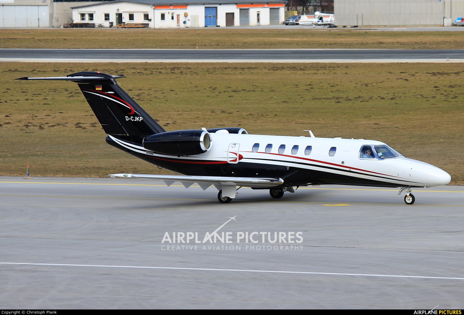 D Cjkp Jet Service Cessna 525c Citation Cj4 At Innsbruck