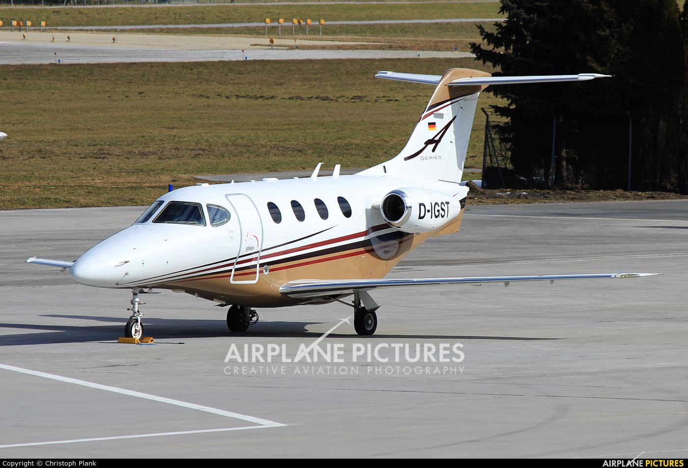 Private D-IGST aircraft at Innsbruck