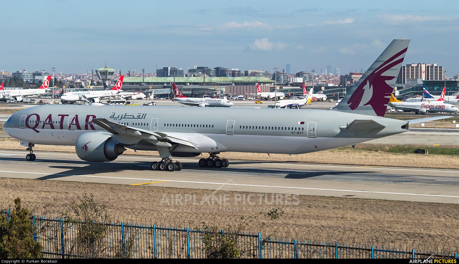 Qatar Airways A7-BAT aircraft at Istanbul - Ataturk