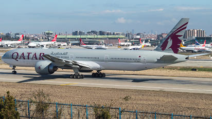 A7-BAT - Qatar Airways Boeing 777-300ER
