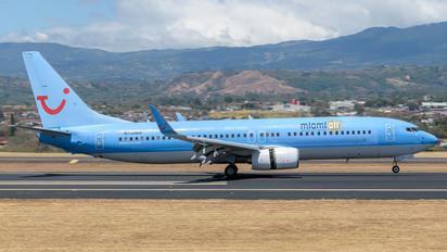 N750MA - Miami Air Boeing 737-800