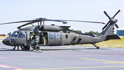 16-20840 - USA - Army Sikorsky UH-60M Black Hawk