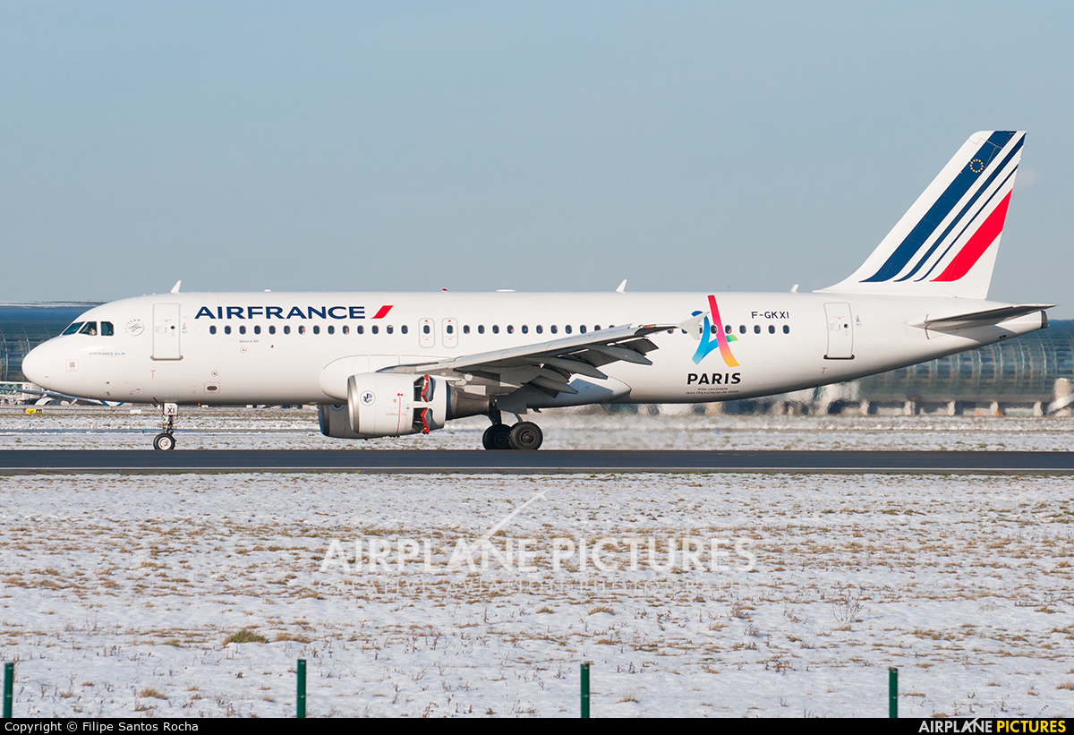 Air France F-GKXI aircraft at Paris - Charles de Gaulle
