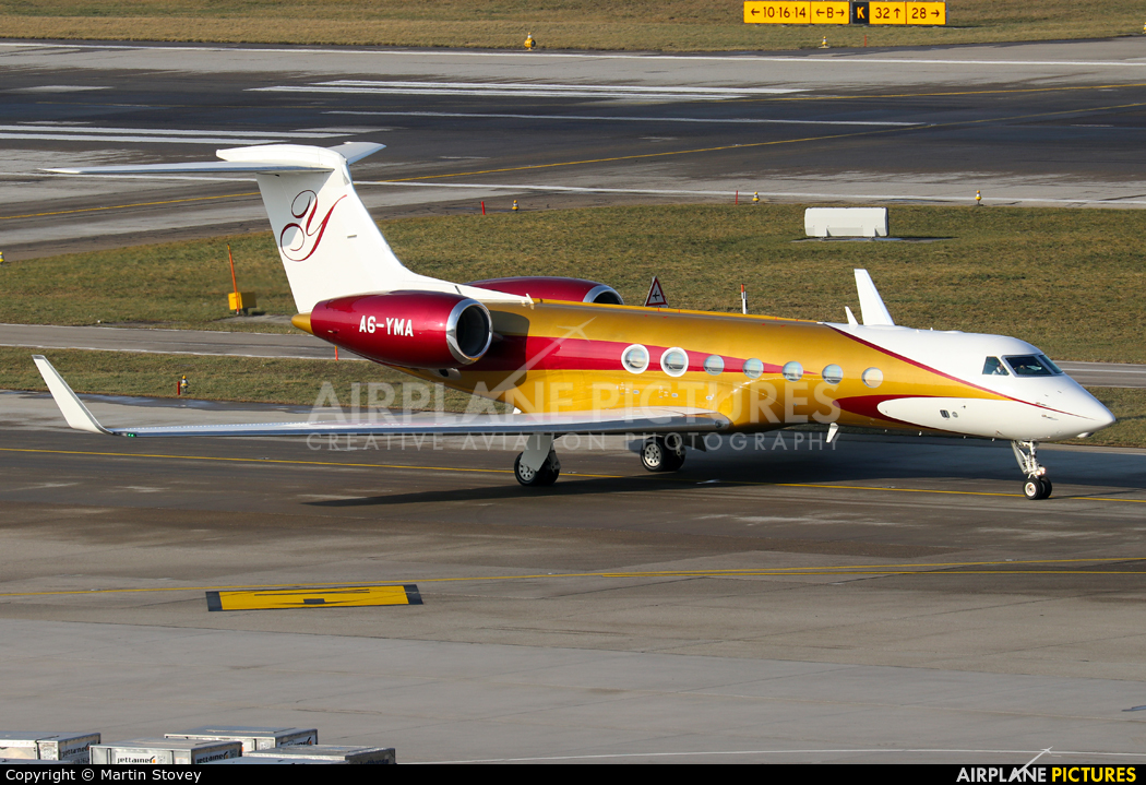 Private A6-YMA aircraft at Zurich