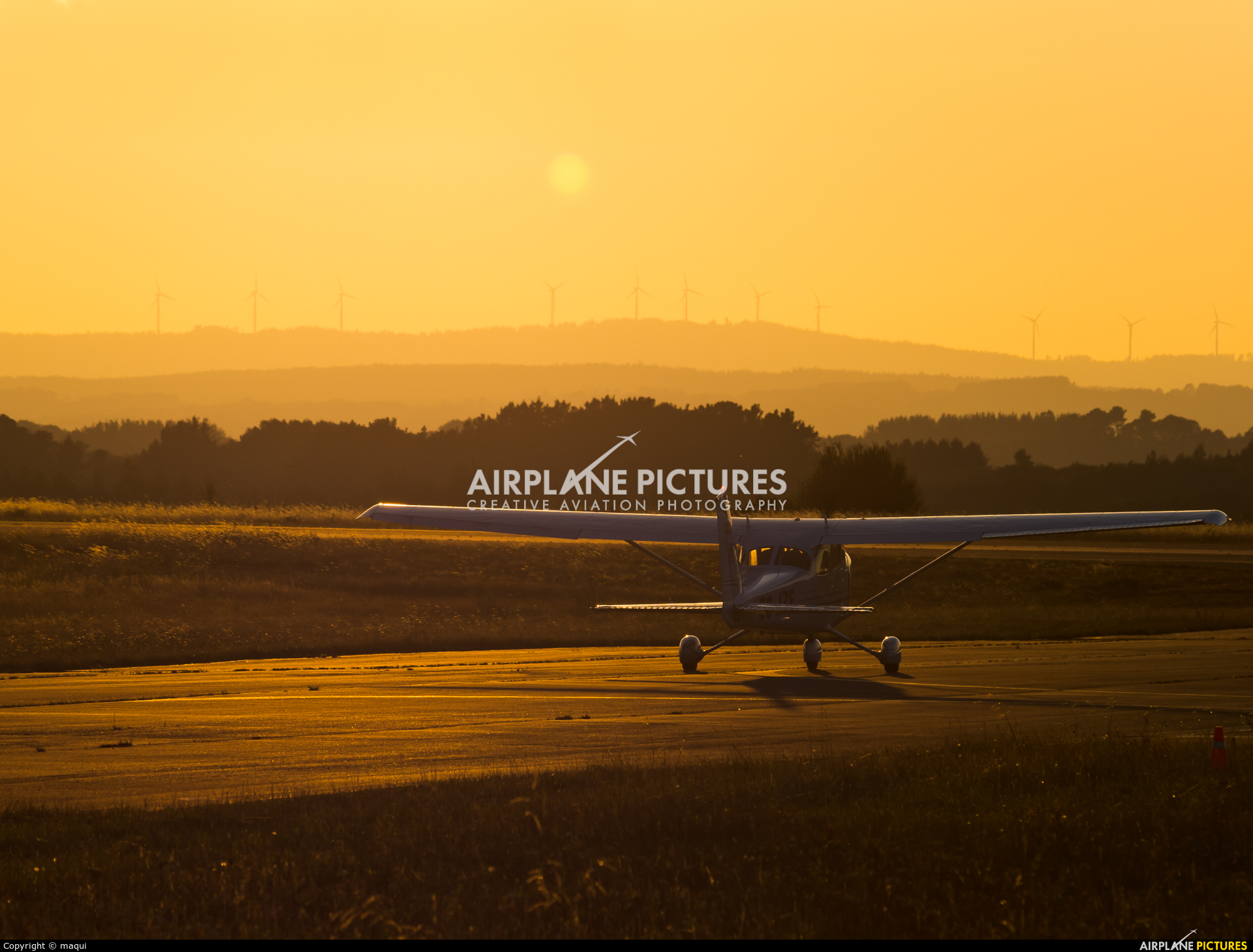 Real Aero Club de Lugo EC-JZE aircraft at Lugo - Rozas