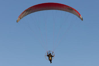 - - Private Dudek Paragliders Synthesis-2