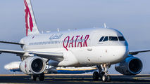 A7-AHY - Qatar Airways Airbus A320 aircraft