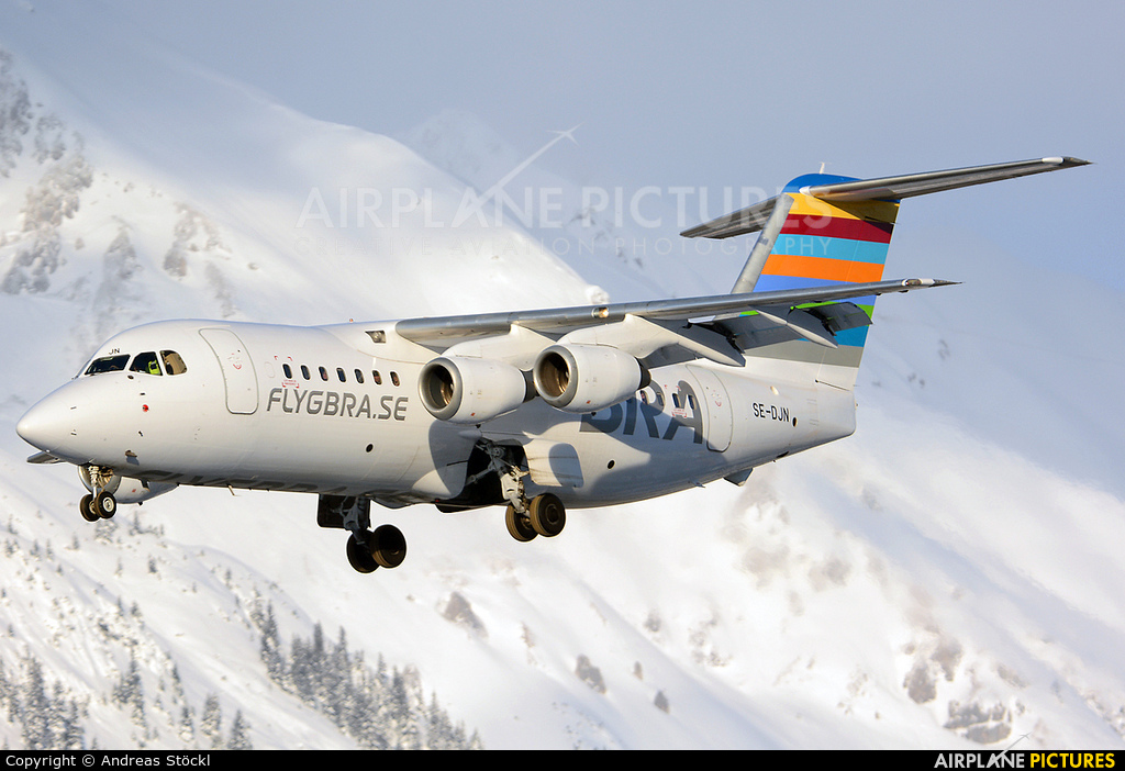 BRA (Sweden) SE-DJN aircraft at Innsbruck