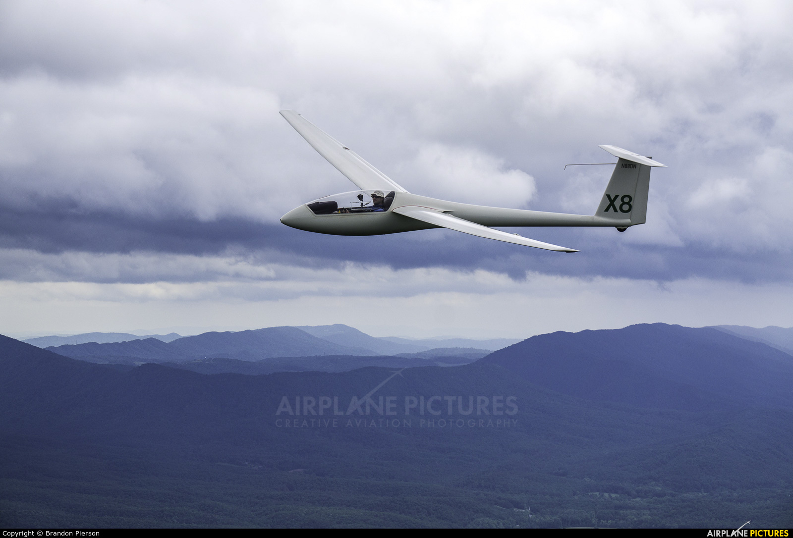 Private N88DN aircraft at In flight