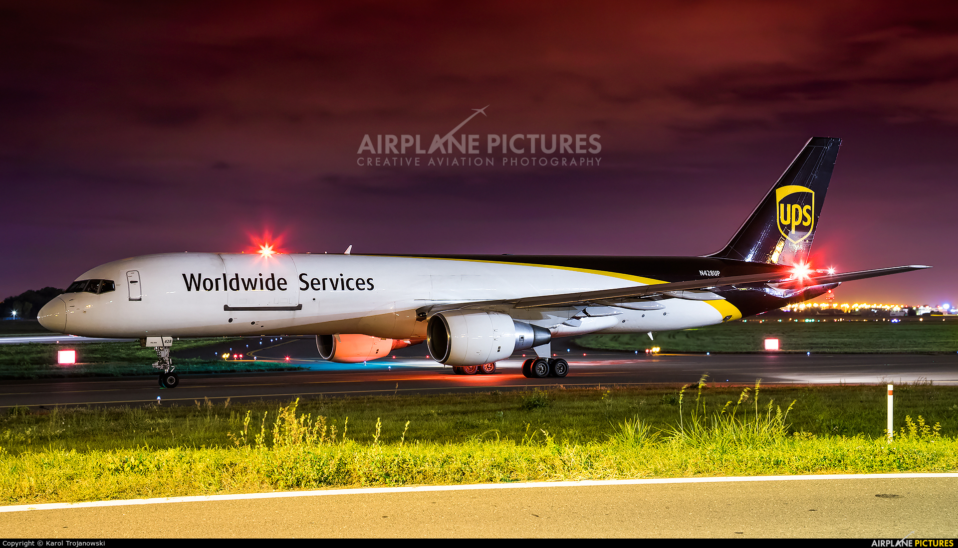 UPS - United Parcel Service N428UP aircraft at Warsaw - Frederic Chopin