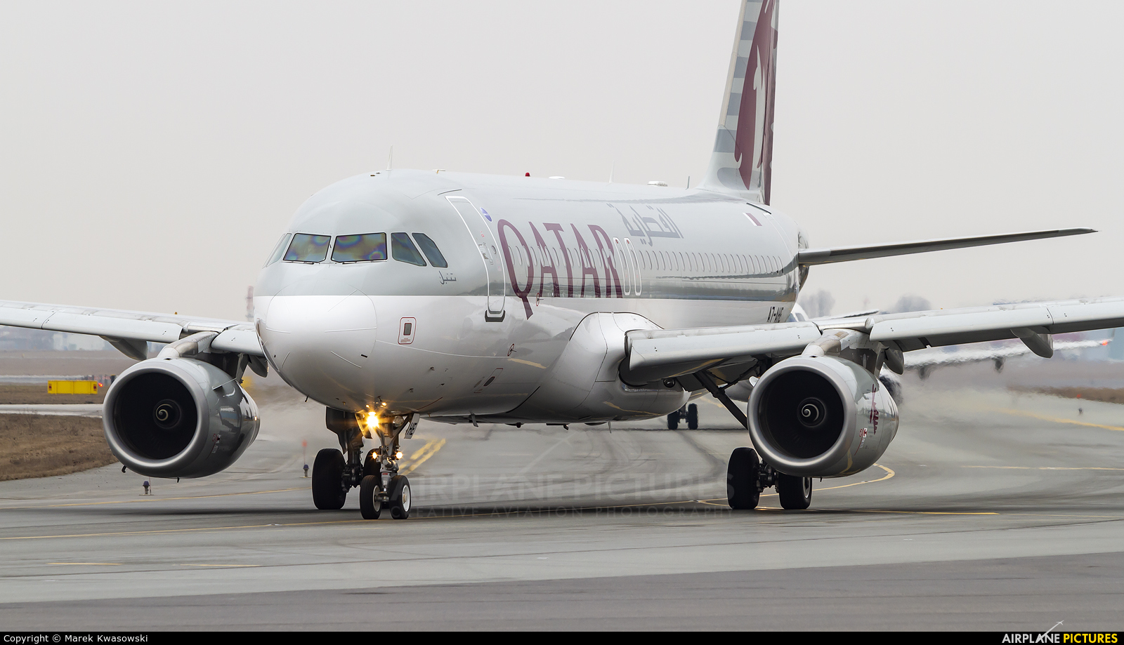 Qatar Airways A7-AHE aircraft at Warsaw - Frederic Chopin