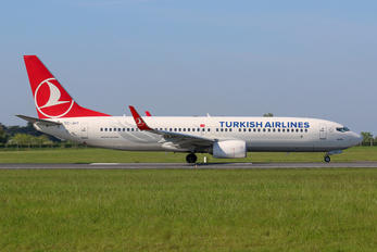 TC-JHT - Turkish Airlines Boeing 737-800