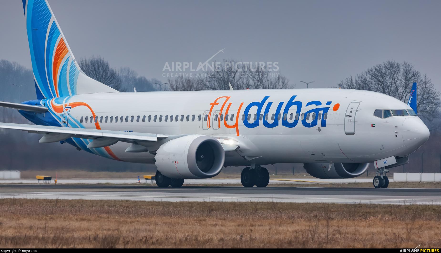flyDubai A6-FMF aircraft at Zagreb