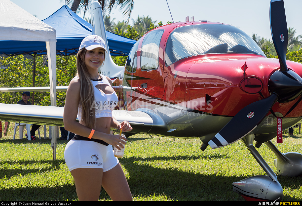 - Aviation Glamour  aircraft at Iztapa