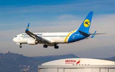 UR-PSQ - Ukraine International Airlines Boeing 737-800