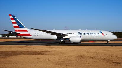 N831AA - American Airlines Boeing 787-9 Dreamliner