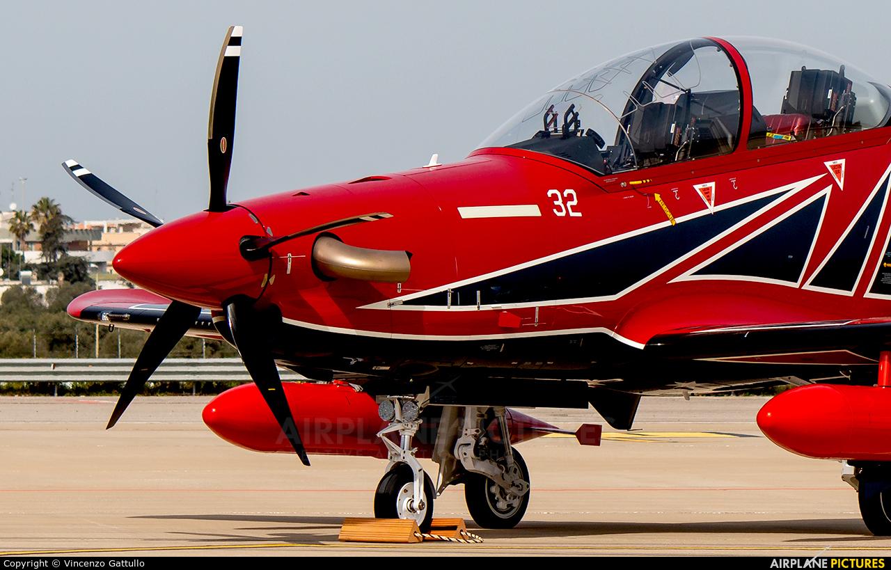 Pilatus HB-HWF aircraft at Bari