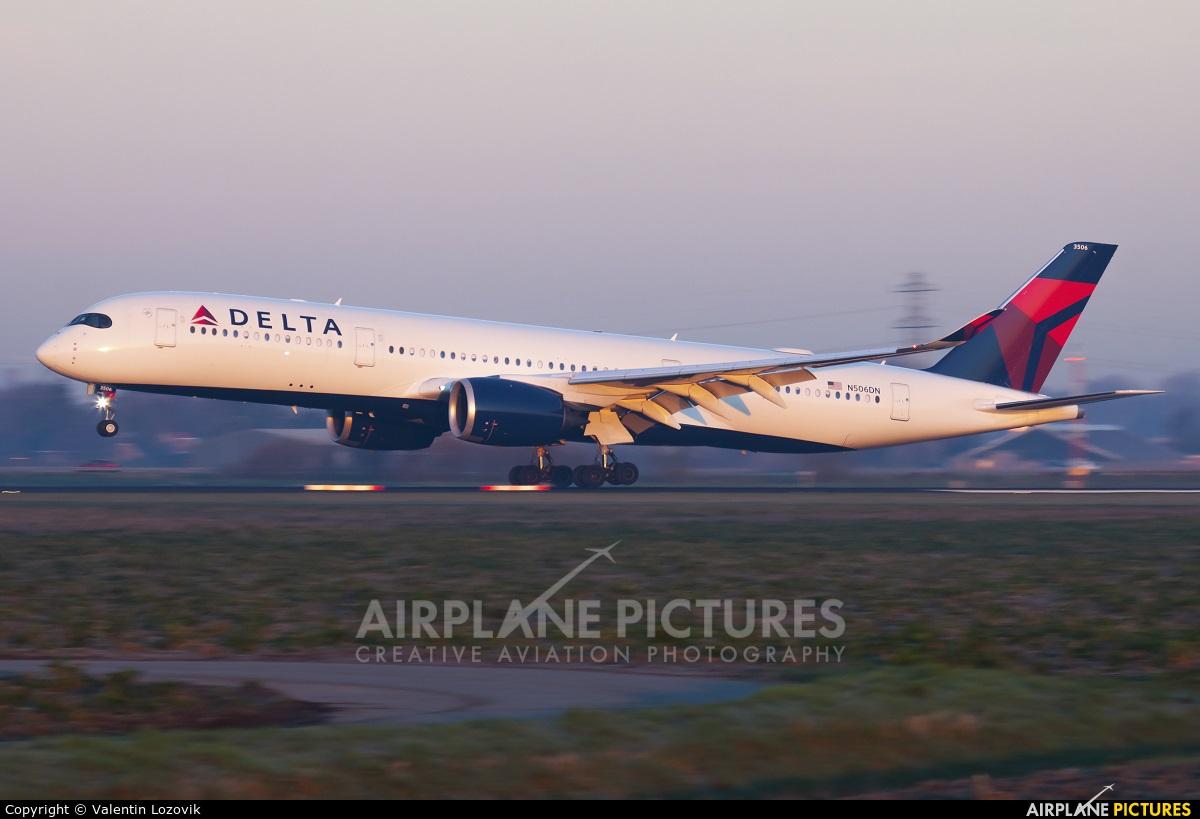 Delta Air Lines N506DN aircraft at Amsterdam - Schiphol