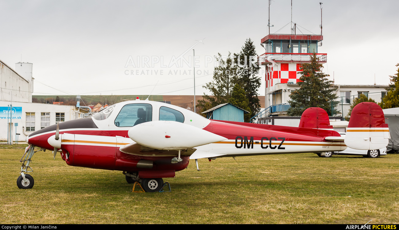 Private OM-CCZ aircraft at Nitra