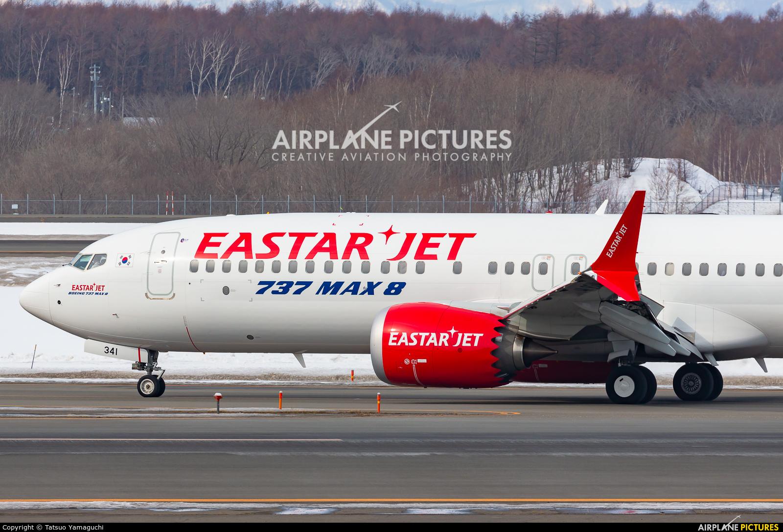 Eastar Jet HL8341 aircraft at New Chitose