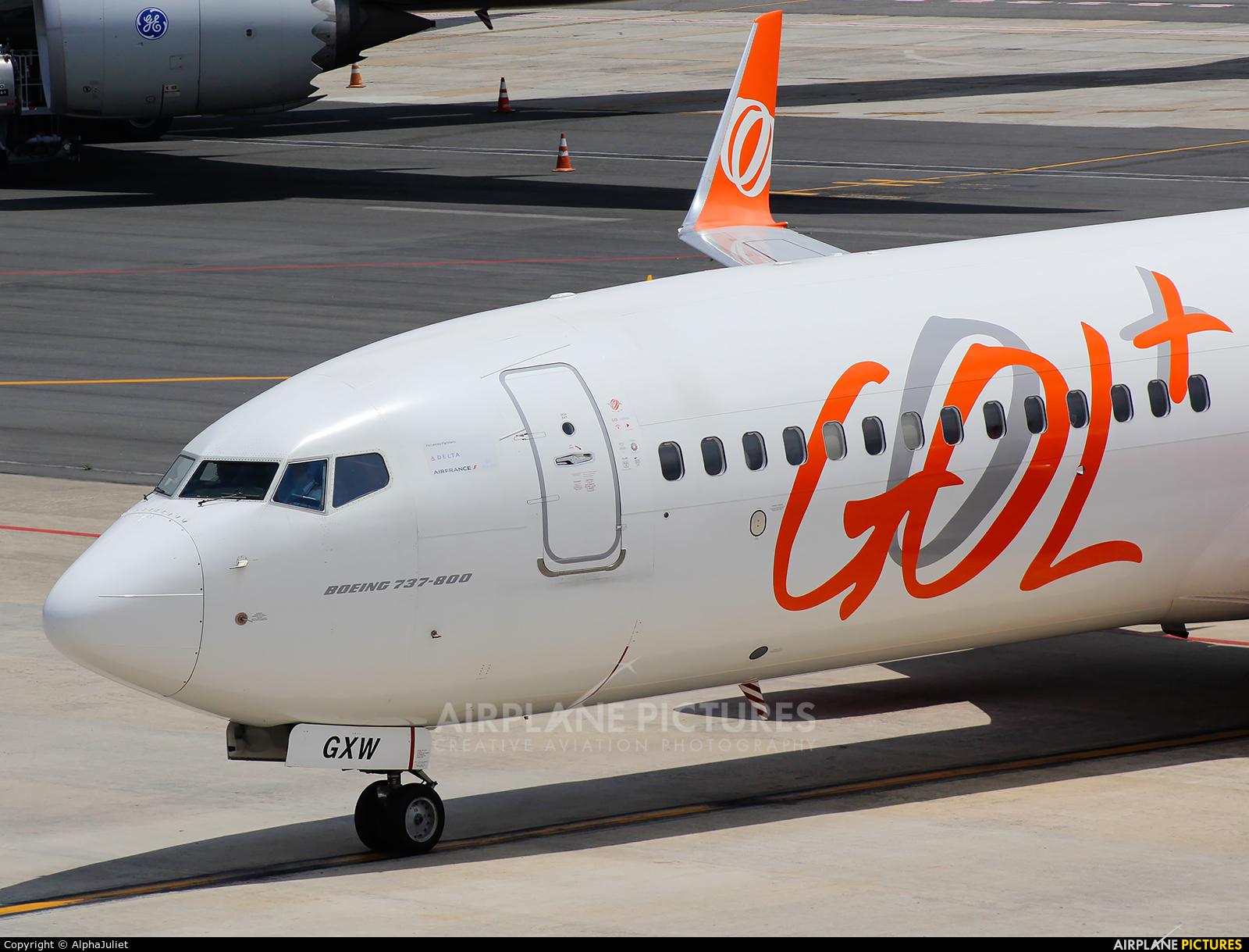 GOL Transportes Aéreos  PR-GXW aircraft at Curitiba -  Afonso Pena