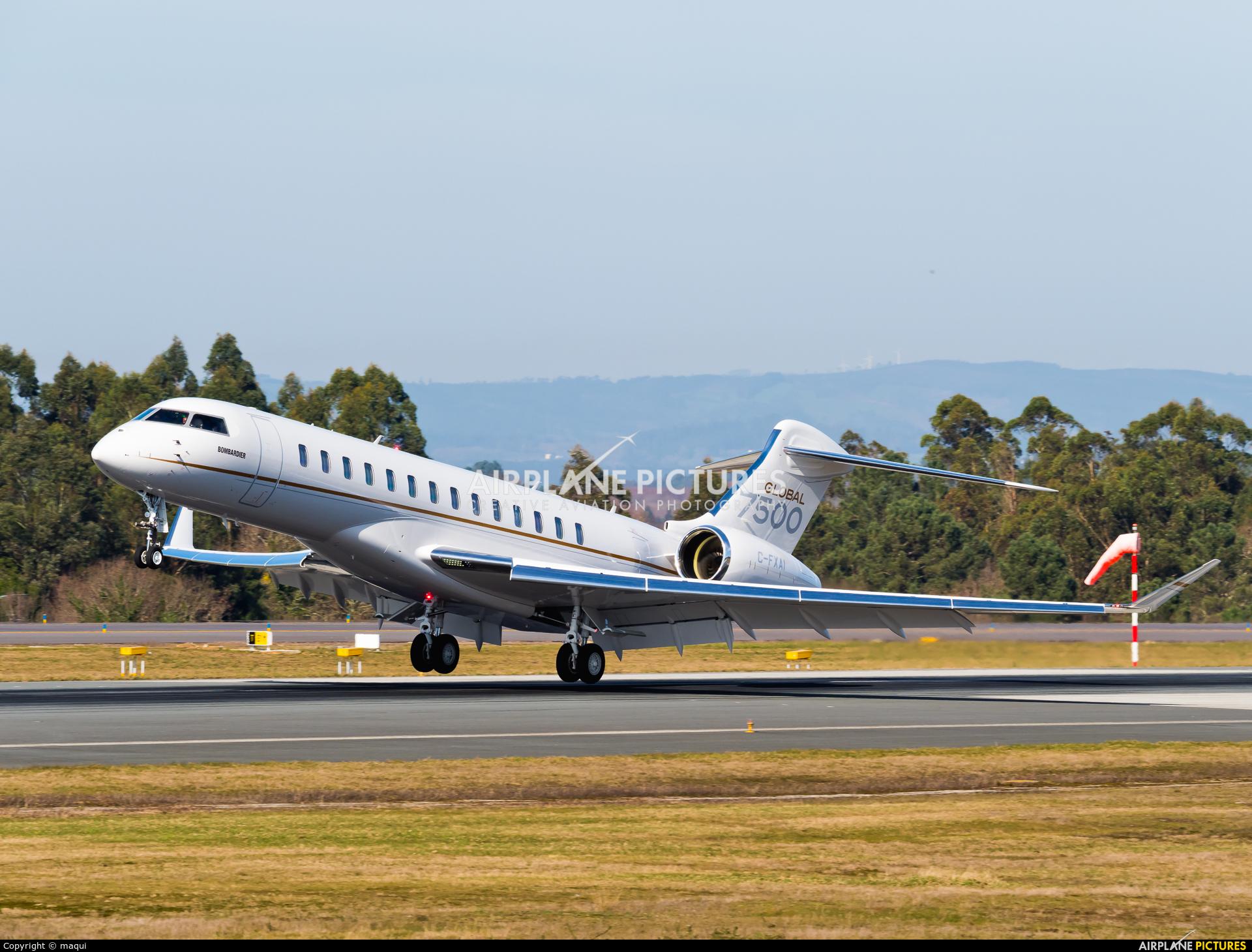 Bombardier C-FXAI aircraft at Santiago de Compostela