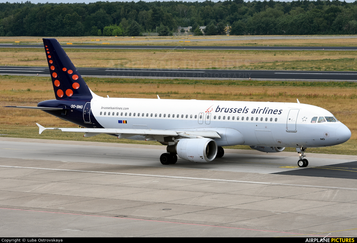 Brussels Airlines OO-SNG aircraft at Berlin - Tegel