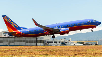 N8620H - Southwest Airlines Boeing 737-800